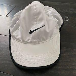 NIKE dryfit baseball cap